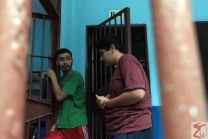 Two asylum seekers from Afganistan burn themselves in Manado Immigration  Detention Center