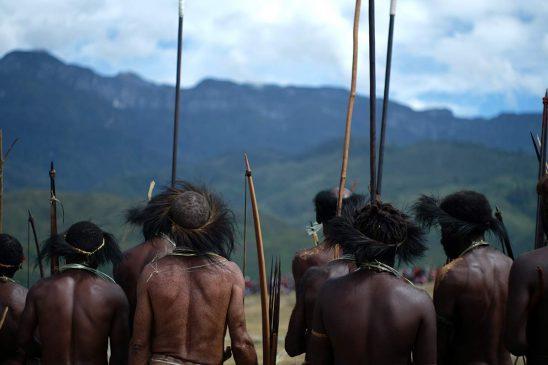 Tradisi perang di  Lembah Baliem