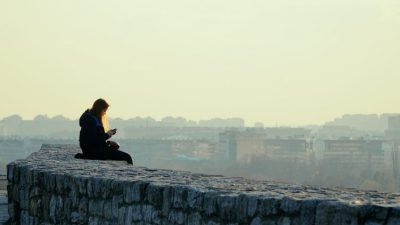 Yang lain sudah ganti pasangan, anda tetap jomblo, salahnya dimana?
