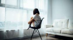 perempuan depresi