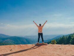 Tetap optimis meski dunia sedang menjungkirbalikkan hidupmu