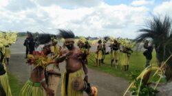 Tiba di Merauke, Api PON 2021 disambut tarian masyarakat adat Marind