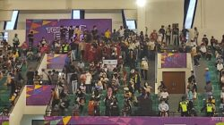 Steven Kandouw dan ribuan warga kawanua di Mimika hadir dukung laga Tim Basket Sulut di final